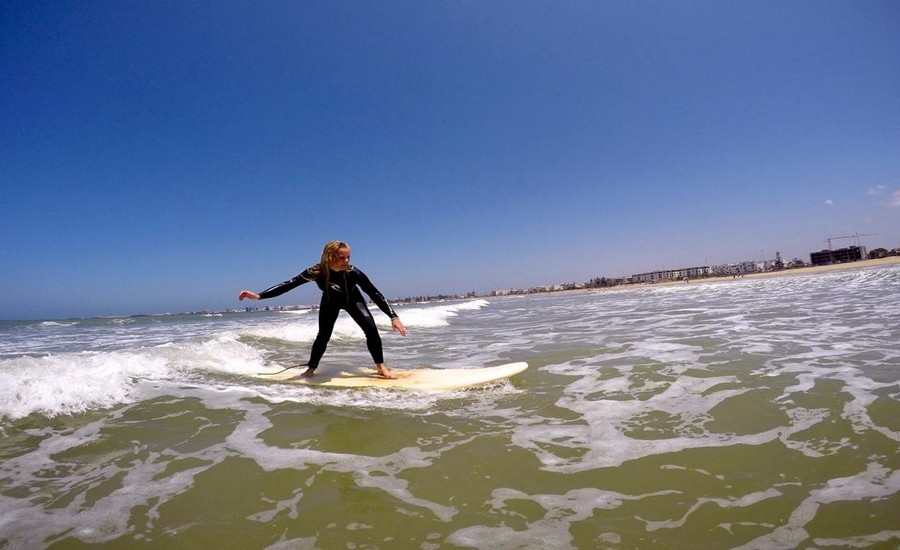 SURFING AND SAILBOARDING